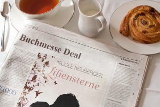Buchmesse Deal Liliensterne ©Nicole Neuberger via PhotoFunia