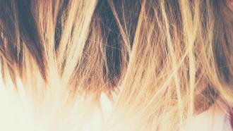Haare, Make-up, Liebe
