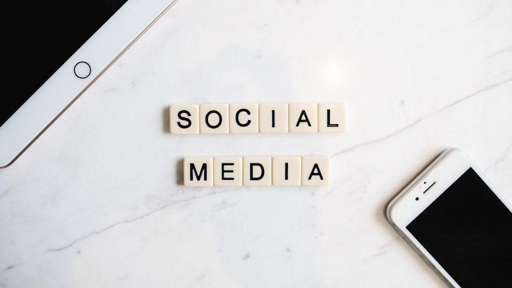 Planer Social Media für Autoren, Instagram, Facebook, Romanautoren,